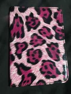 🚚 Pink Leopard Print Passport Holder