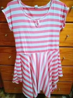 🚚 粉紅色條紋洋裝