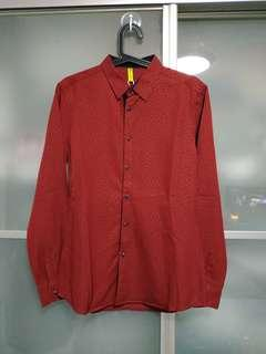 🚚 1 x new maroon long sleeve shirt size M with free delivery