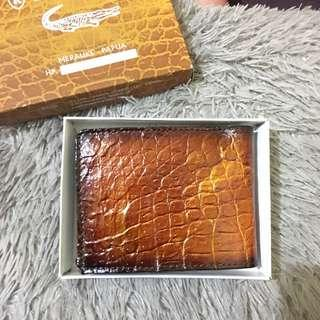 Dompet kulit buaya asli papua untuk pria