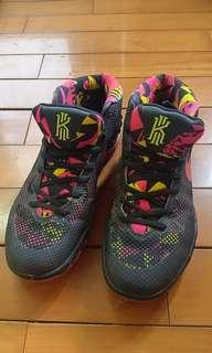 Nike Kyrie 籃球鞋