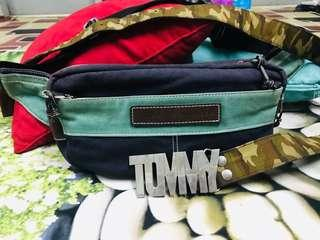 Pouch Beg TOMMY