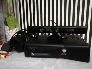 Xbox 360s console with kinect xbox 360