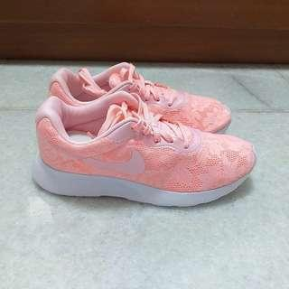 Original Nike Orang Pink Lace Tanjun Sneakers