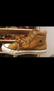 Brand new suede converse