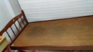 Single size bed frame (wood)