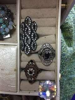 Costume rings $5 each perth