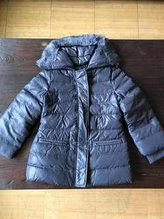 義大利知名品牌班尼頓保暖有型羽絨外套