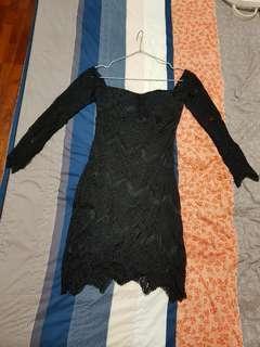 🚚 黑色露肩洋裝