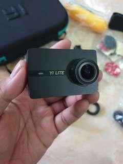 Jual Xiaomi Yi Lite 4K Action Camera Full Set Aksesoris