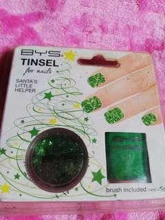 Nail polish (green)