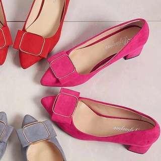 現貨1雙 方釦粗根玫紅L中跟工作鞋