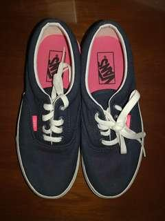 Vans (blue with pink heel pop/ NePK)