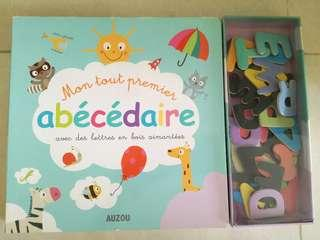 French aplhabet learning book