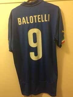 Italy home Balotteli
