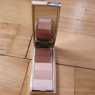RMK eyeshadow palette in 01 coral