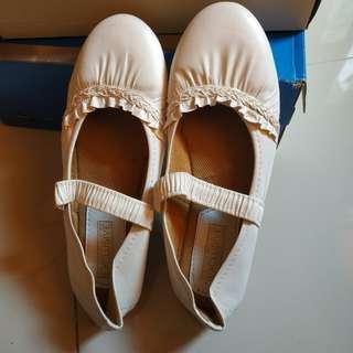 #CNY2019 Flatshoes Putih