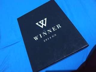 WINNER S/S 2014 DEBUT ALBUM (LIMITED EDITION BLACK VER)