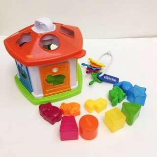 Chicco 配對顏色屋 Animal Cottage Shape Sorting Nursery Toy