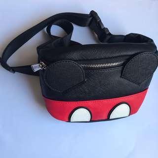 全新包郵 Loungefly x Mickey Mouse Faux leather fanny pack 腰包