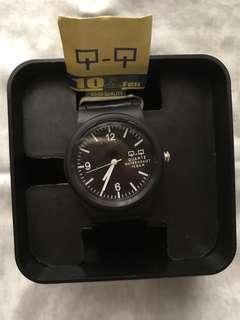 QnQ watch