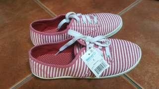 Brand New with Tag Sneakers Shoes fr Wallmart
