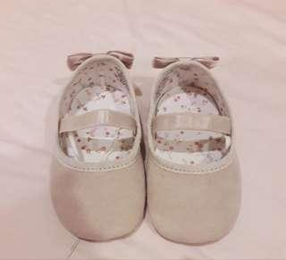 H&M Baby Shoes Size 16/17