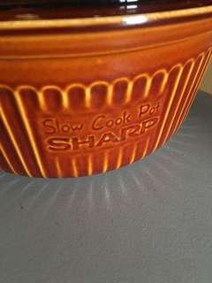 Sharp slow cook pot(made in Japan)for microwave use