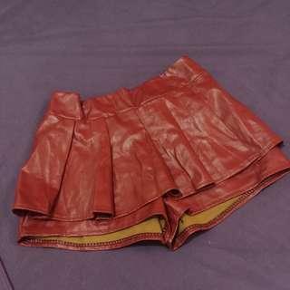 Skirt x Shorts (Leather)