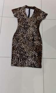 Leopard dress xs