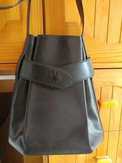 LV 樹文黑色袋