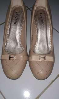 Sepatu heels Laviola