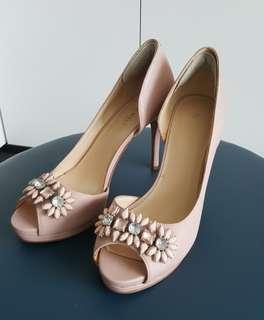 Premium leather peeptoe heels from Nine West in blush nude