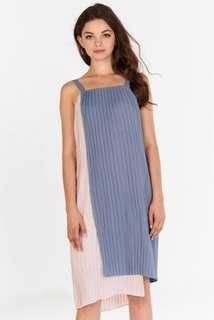 Pleated Dress 👗