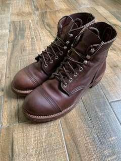 Red wing Boots 8111