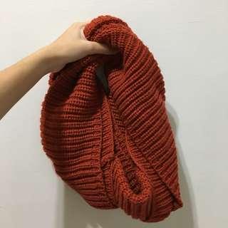 🚚 一條橘紅圍脖