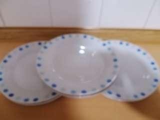 6 pcs plates.