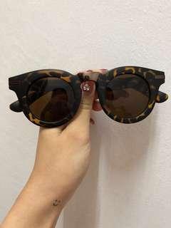 🆓GWP Sunglasses