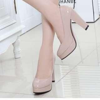 3bda0577b5a Lady Round Head  s High Heels