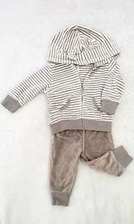 Carter's infant matching hoodie and sweatpants