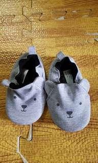 H&M prewalker shoes