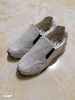 韓版休閒鞋 增高鞋 (內含增高鞋墊)