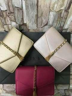 AUTHENTIC MATERIAL OVERRUN - CHARLES & KEITH