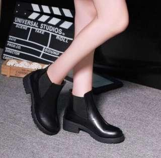 🚚 INSTOCK Minimalist Black Boots / Streetwear Shoes / high cut platform shoes