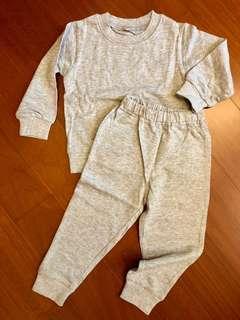 🚚 日本西松屋 棉質休閒衛衣上衣+褲套組 95cm