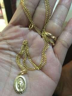 2.5 18k sd gold necklace