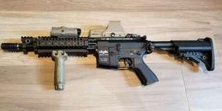Vltor MUR-1 War game 玩具電槍連紅點鏡 perfect red dot 不散賣
