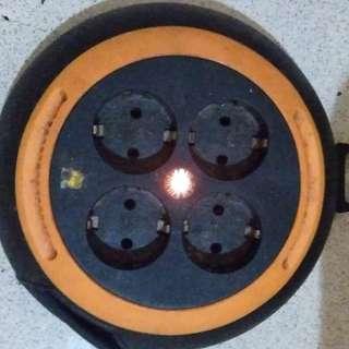 Kabel Roll Welto Mini 4 Lubang 6 Meter Yunior