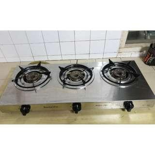 3-burner Butterfly gas stove