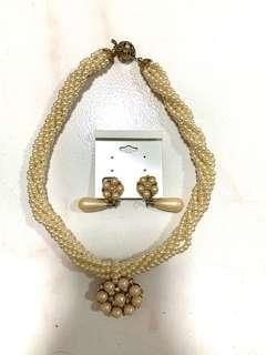Necklace + earrings